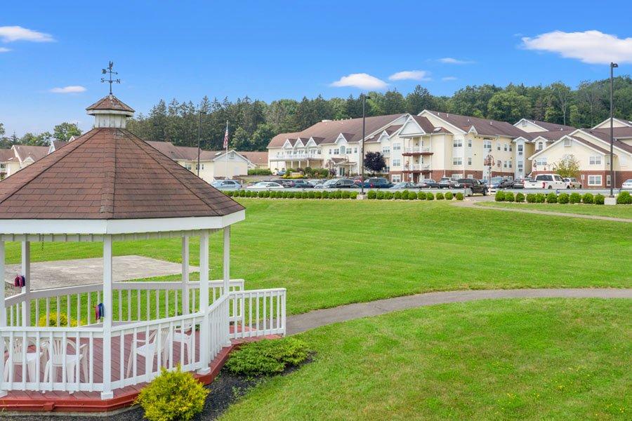 Appleridge Senior Living - Aerial View of Gazebo and Front Lawn