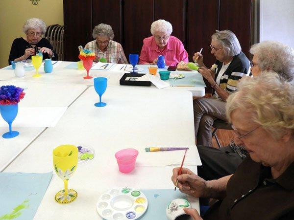 Appleridge Senior Living - Recreation